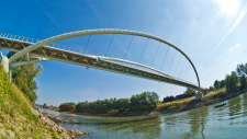 'Mayfly' pedestrian and cyclist bridge awarded by MAGÉSZ Hungarian Steel Structure Association